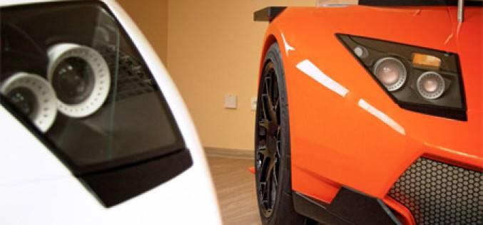 Lamborghini Desk — рабочий стол в стиле одноимённого спорткара
