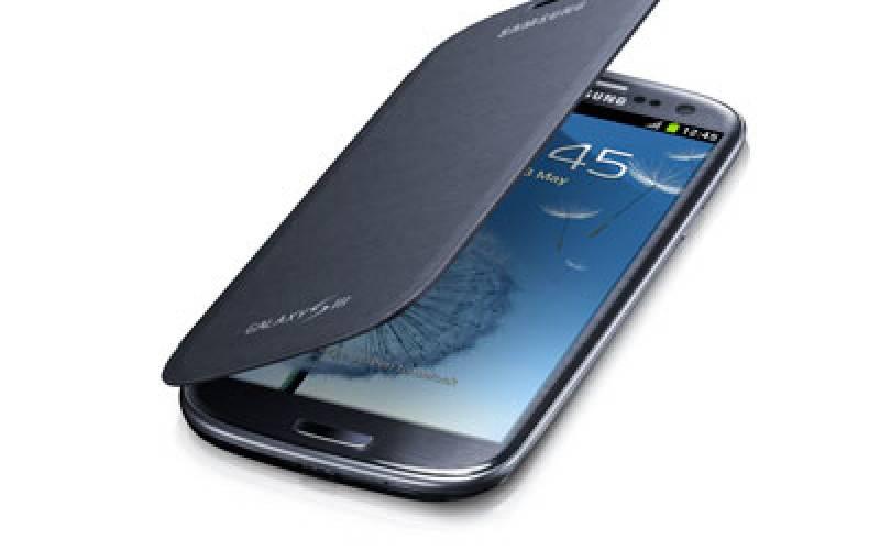 Смартфоны Samsung будут работать только с официальными аксессуарами
