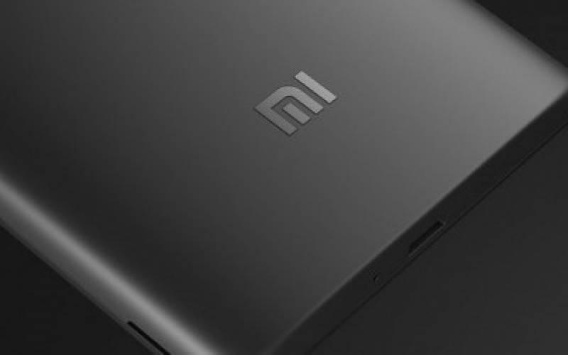 Xiaomi официально представила планшетофон Redmi Note