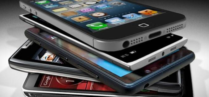 Самые необычные способы применения смартфонов (видео)